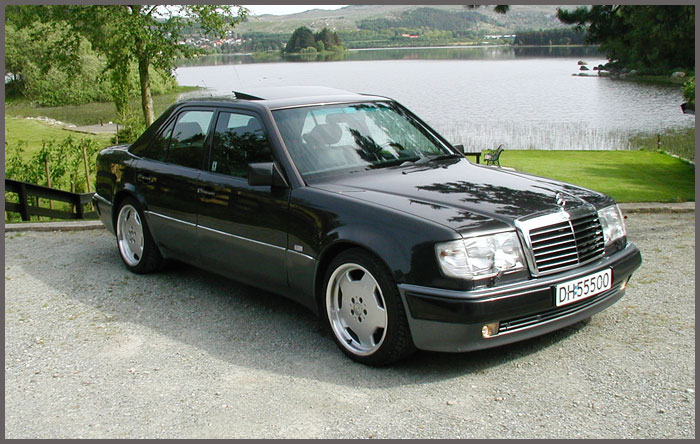 W201 in addition Bbs rc 090 black gold 17 besides Porsche 964 moreover Lowhouse Stanced Mercos W124 Estate Slammed Parpaing Video additionally Watch. on bbs on mercedes w124